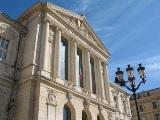 Loi Macron : cotisations sociales sur les dividendes versés aux gérants de SARL